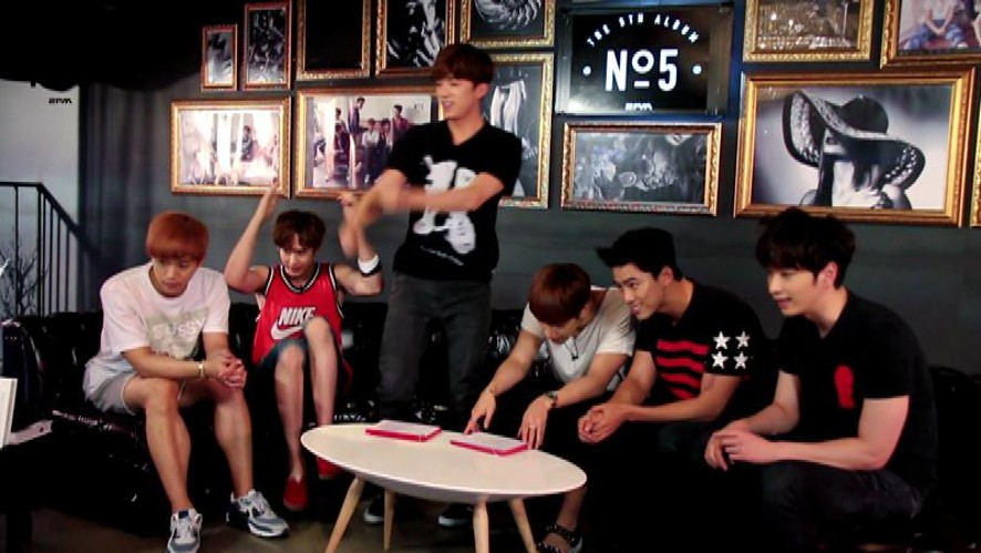 2PM STARCAST ON AIR making video