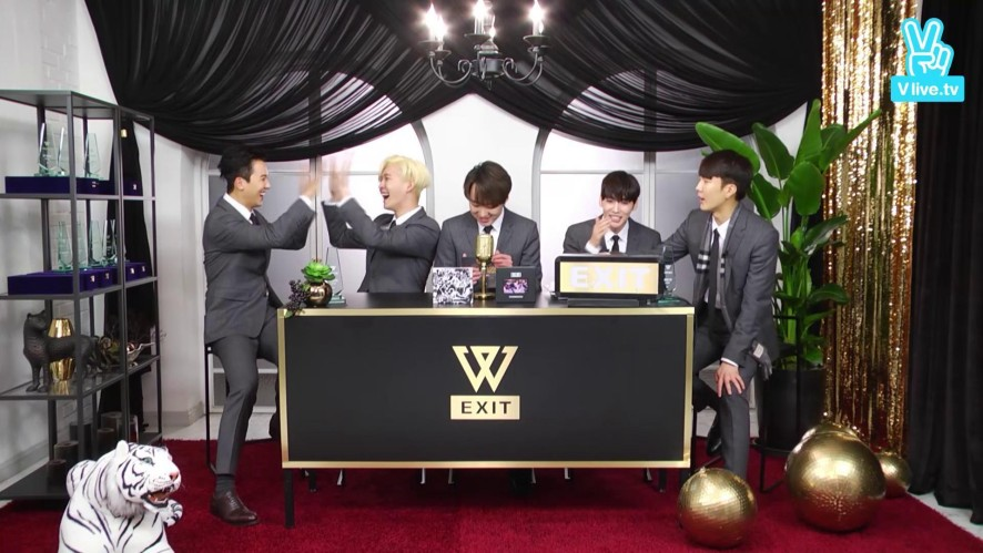 [Highlight] WINNER 'EXIT AWARDS' - Sentimental Poem