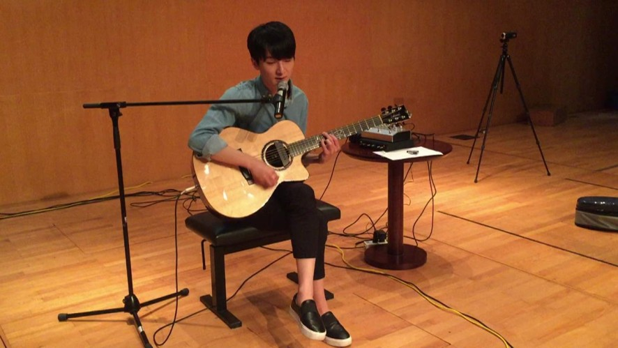 """[In Rehearsal] Sungha Jung singing """"St. Patrick's Day"""" by John Mayer"""