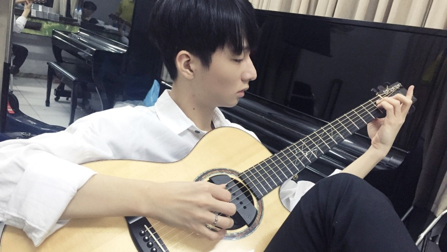 """[Backstage Flare] """"Autumn Leaves"""" arr. by Sungha Jung"""