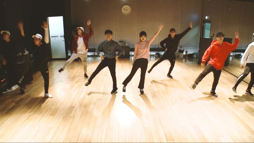AKMU - '사람들이 움직이는 게(HOW PEOPLE MOVE)' DANCE PRACTICE