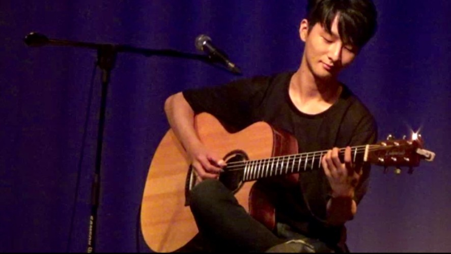 "[Jazz in Fingerstyle] ""Take Five"" by D. Brubeck Qrt cover. July Seoul."