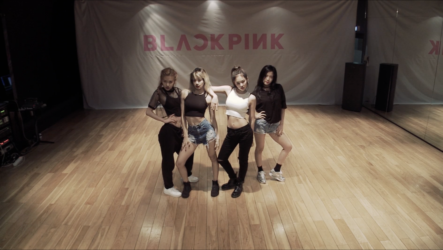 BLACKPINK - '휘파람(WHISTLE)' DANCE PRACTICE VIDEO