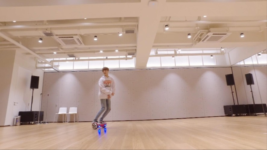 NCT DREAM Hoverboard Freestyle 1