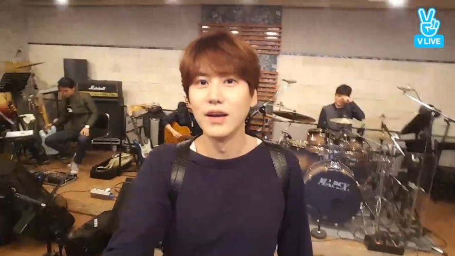 [KYUHYUN] 밴드부오빠미 뿜뿜하는 규현이 (Kyuhyun's Sweet Voice)