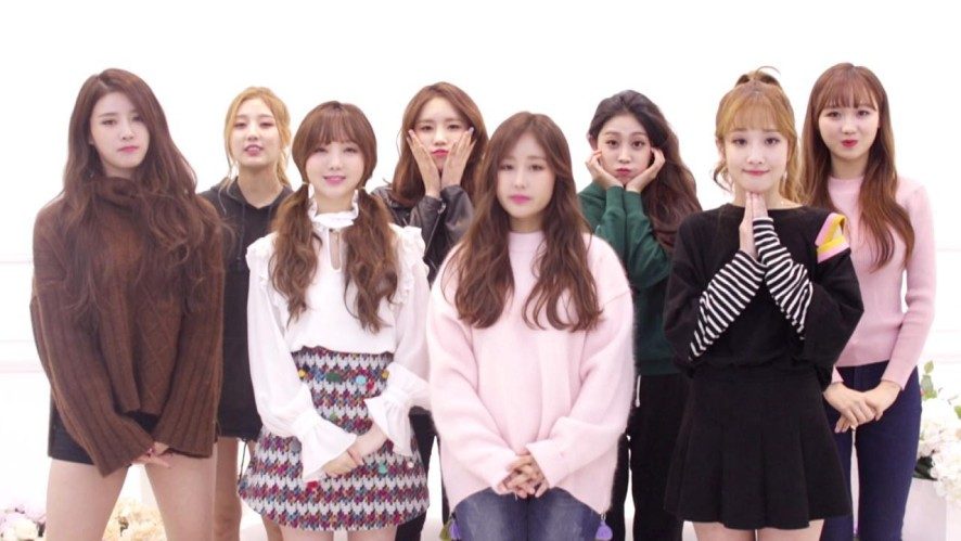 LOVELYZ 1ST CONCERT POSTER SHOOTING BEHIND