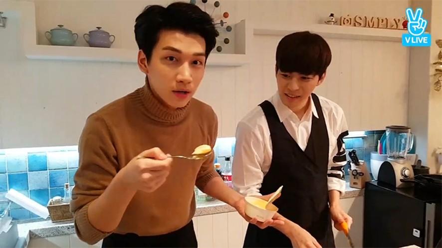 [VIXX] 막냉이들의 첫 김치보끔밥 만들기🍳  (Hyuk&Hongbin cooking Kimchi Fried Rice)