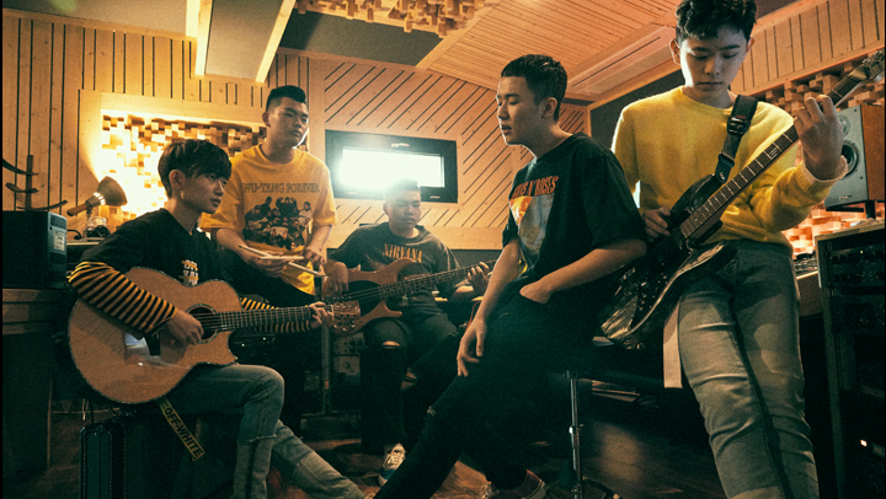TheEastLight. Music Delivery #15