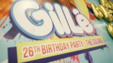 Gil Lê vỡ oà hạnh phúc trong tiệc sinh nhật bất ngờ từ VLIVE