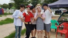VX - 브이엑스 'V APP's VX_ 데뷔 2주년 자축 캠핑!'
