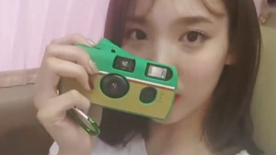 [TWICE] 도나에봉의 가방 탐방기🎒👛 (NaYeon showing her bag)