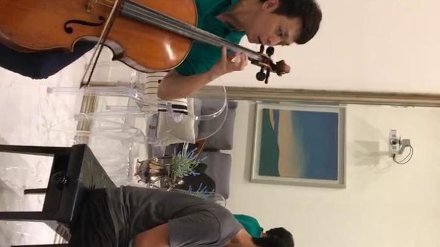 피아니스트 김정원과 첼리스트 리웨이 친