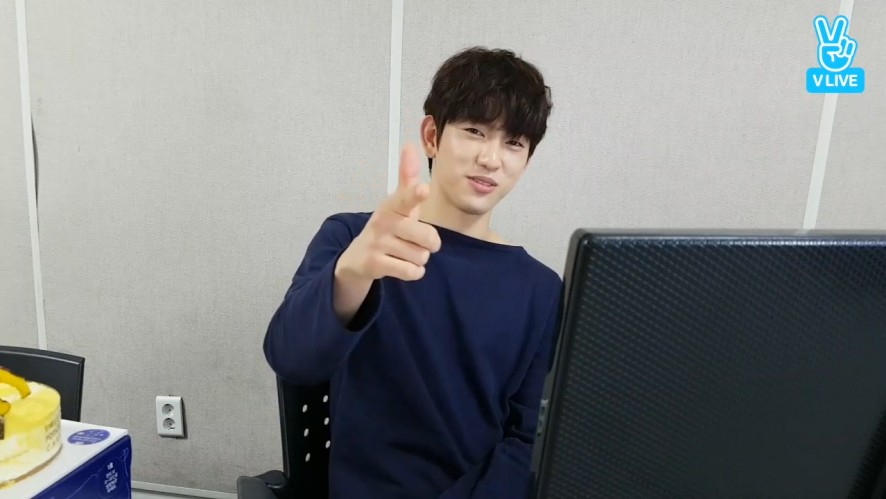 [GOT7] 센스 대단^^한 🍑녕긔탱긔🍑 생일 축하해🎉(PrinceJinyoungDay^^)