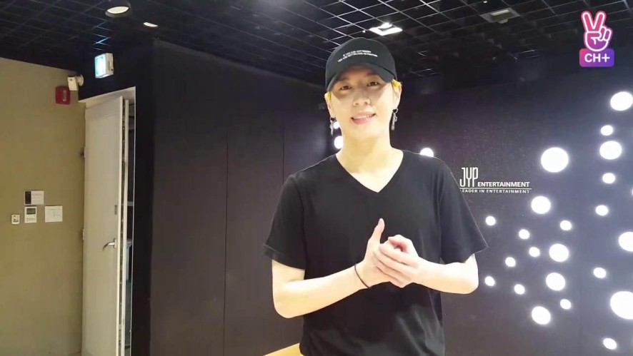 [CH+ mini replay] 유겸이의 연습실 밖은 위험해! Yugyeom's It's Dangerous Outside the Practice Studio
