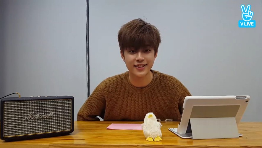 [YOO SEONHO] 선호를 선호해!🐣 (SEONHO's first V on his own channel)
