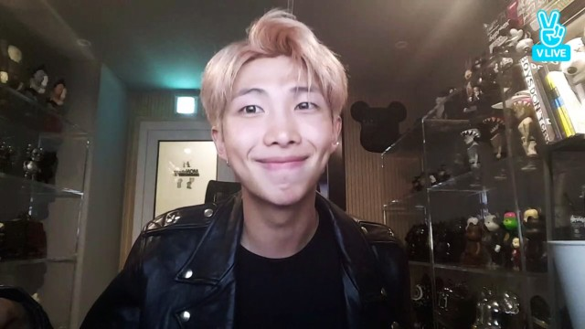 RM : LOVE YOURSELF 承 'Her'Behind