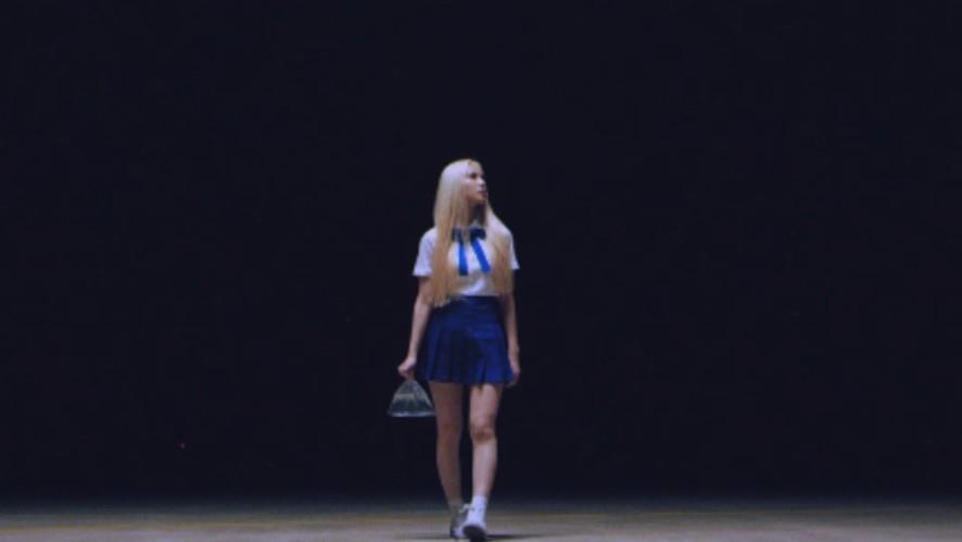 """이달의 소녀/진솔 (LOONA/JinSoul) """"Singing in the Rain"""" Teaser"""