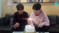 [GOT7] 녕디퉤디의 가쩨븐 4번째 생일 챙기기🎉 (Jinyoung&Youngjae celebrating GOT7's 4th anniversary)