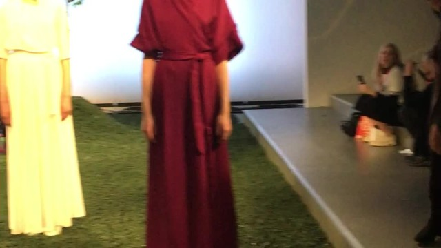 [London Fashion Week]  Edeline Lee Presentation - LFW Women's AW 18